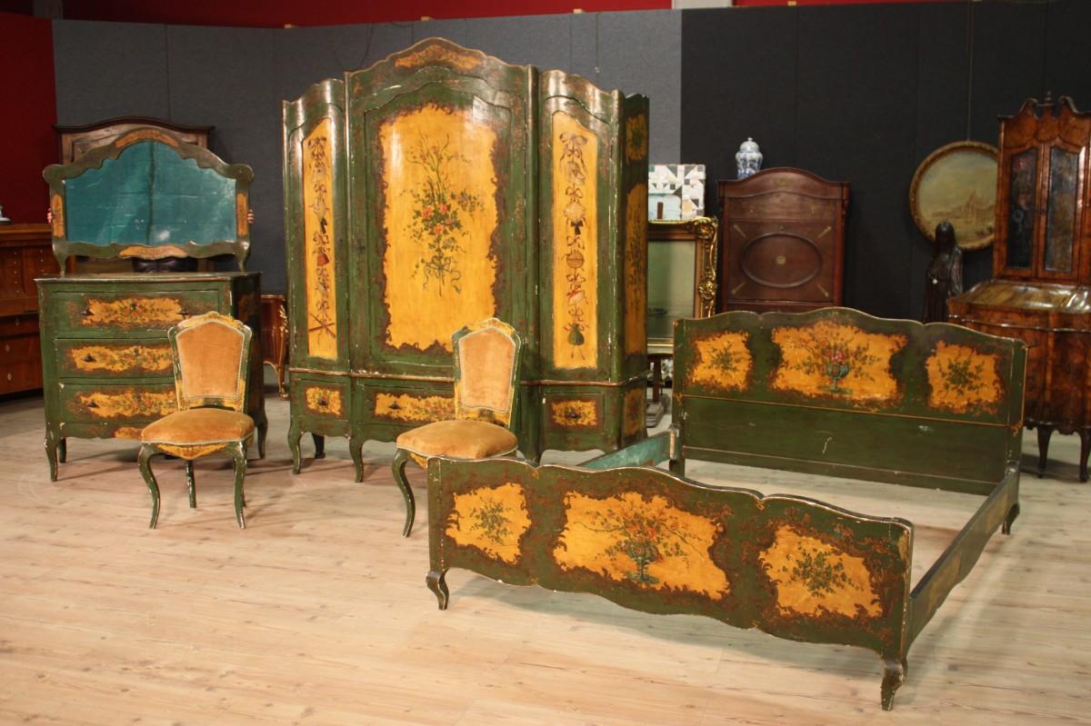 Antiquariato milanese e i mobili di origine lombarda - Mercatino mobili antichi ...