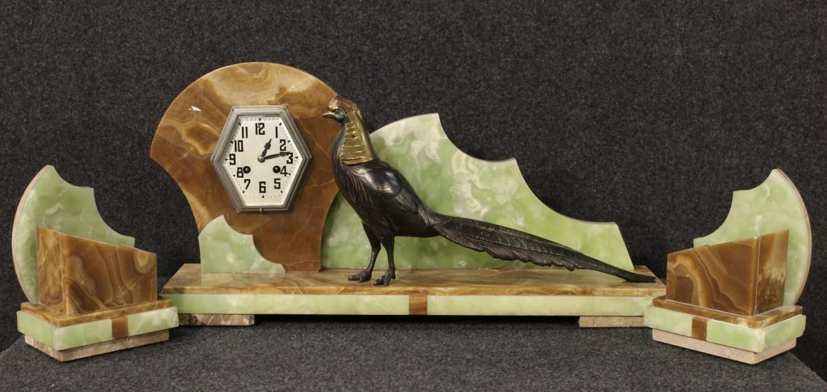 Orologi antichi nell 39 arredamento for Arredamento art deco