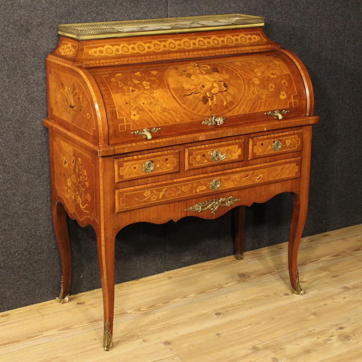 I mobili antichi in stile luigi xvi for Mobili luigi