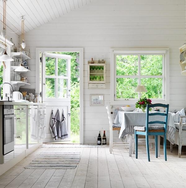 Idee d 39 arredo per una casa in stile francese for Casa in stile scandole