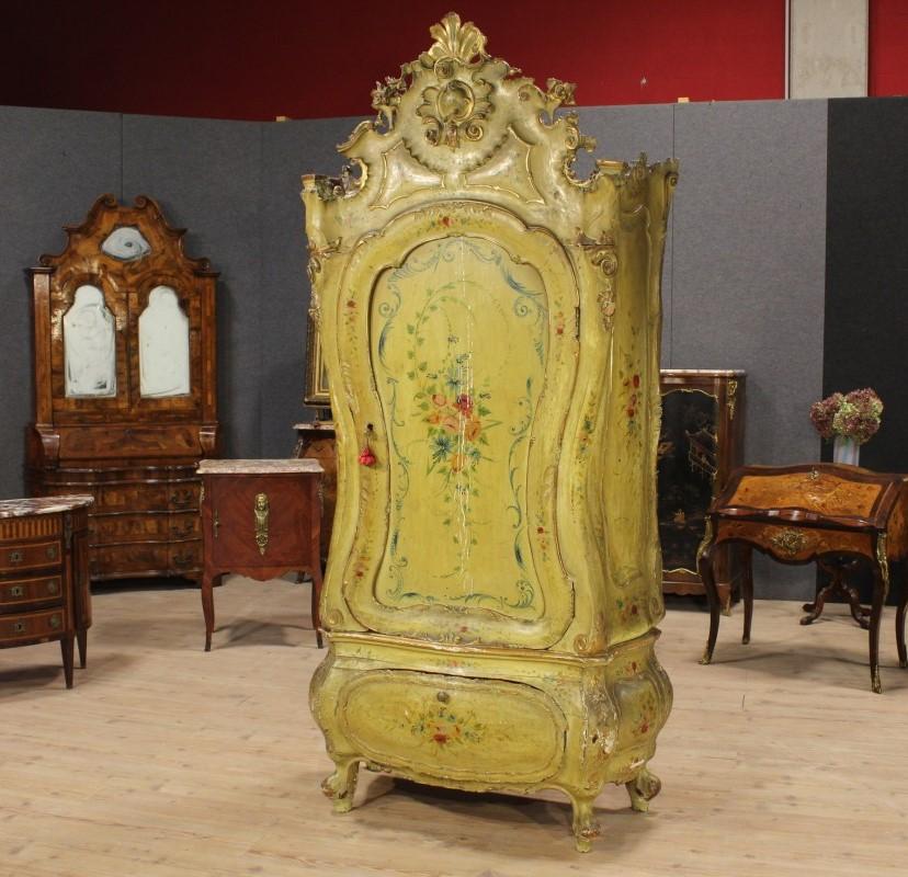 Originalit in casa i mobili antichi laccati for Mobili stile veneziano