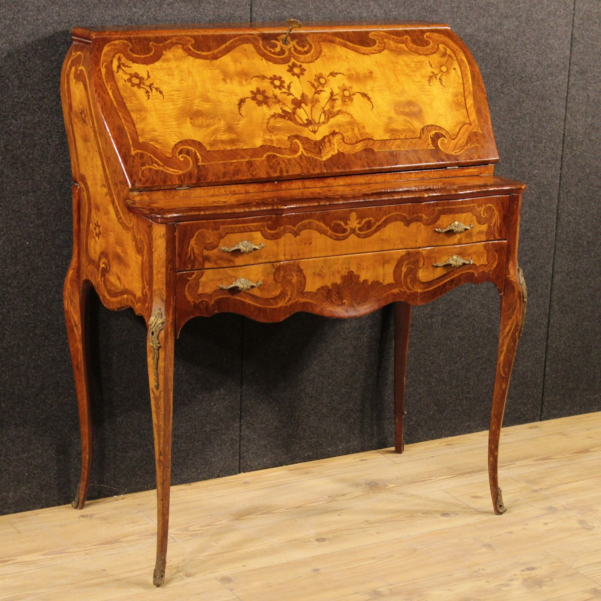 I mobili intarsiati una tradizione antica - Stili di mobili ...