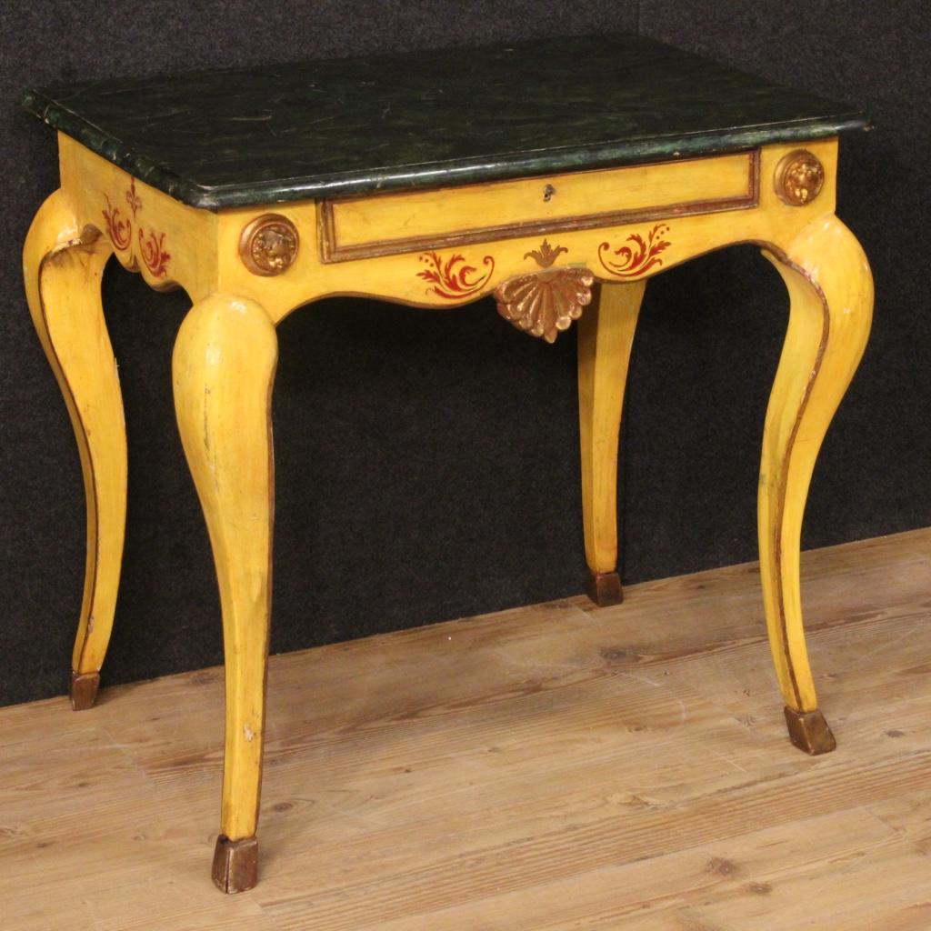 Vendere mobili antichi: consigli e indirizzi