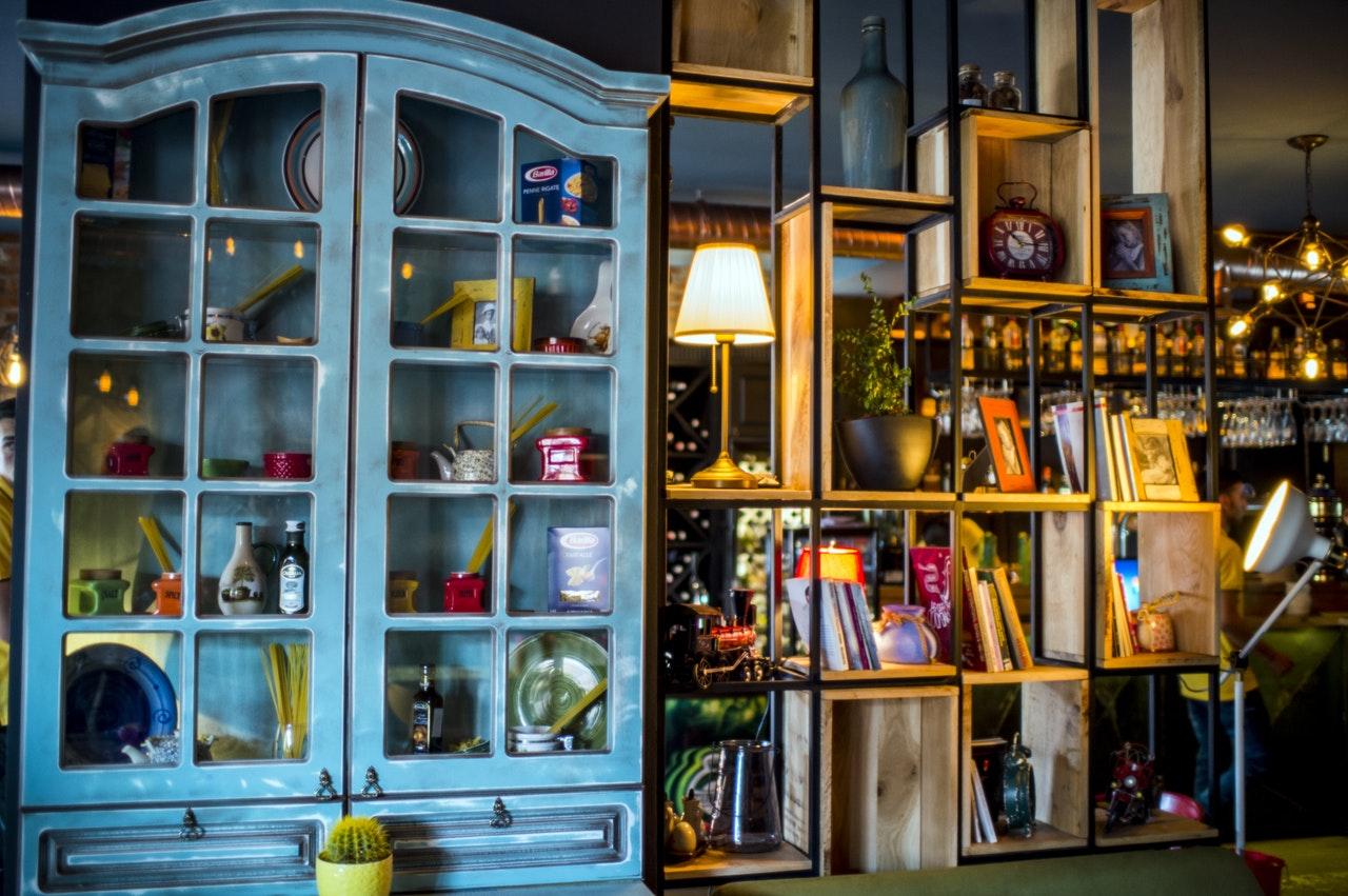 http://www.antiques-magazine.com/img/2017/08/pexels-photo-271682.jpeg