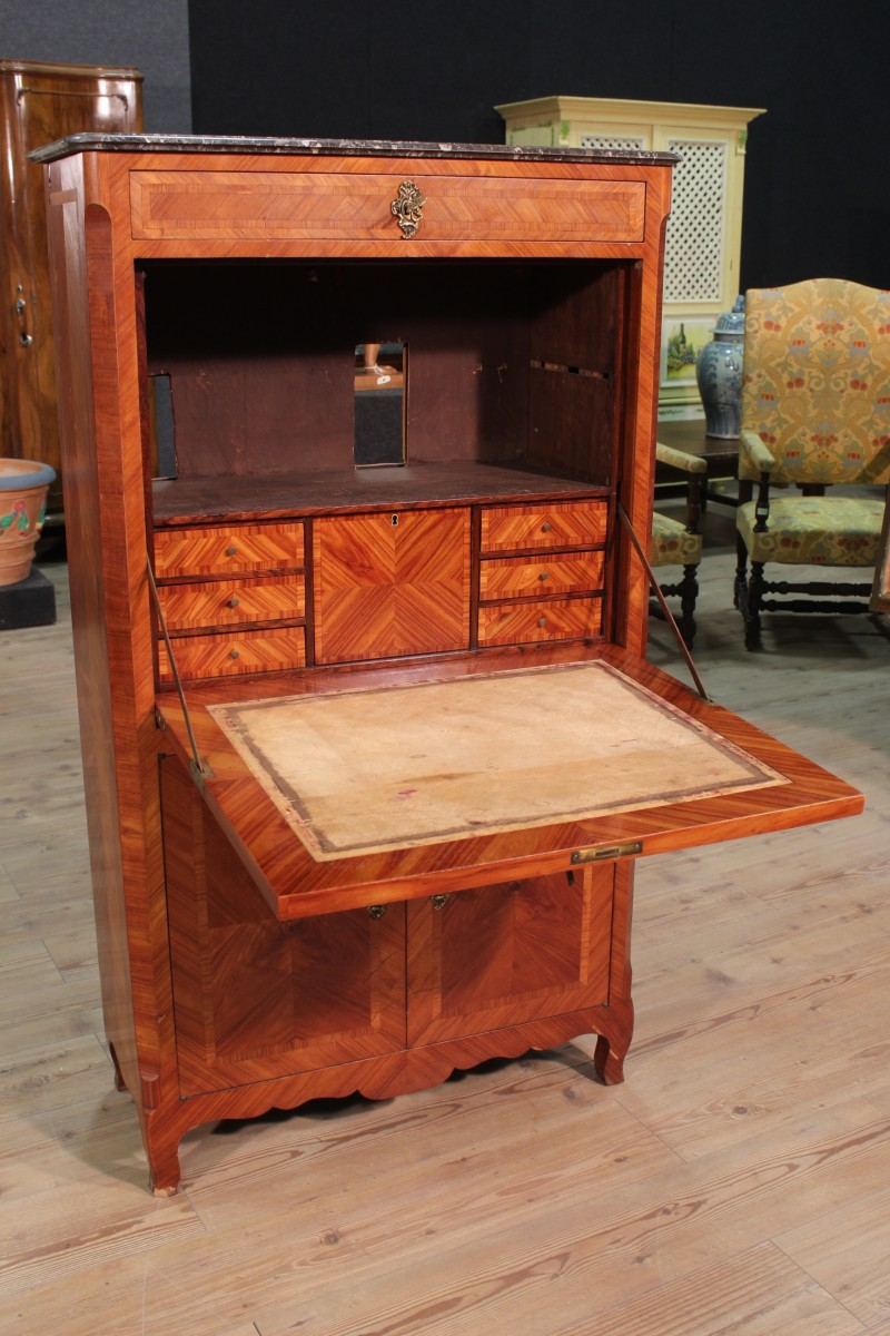Secretaire francese in bois de rose con piano in marmo dei primi del XX secolo