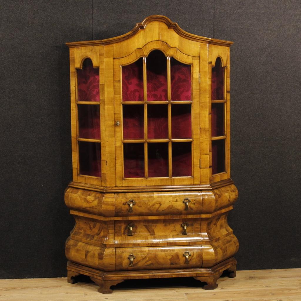 Libreria Antica In Legno.La Libreria Un Mobile Dalla Storia Antica Per Una Casa Moderna